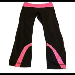 Lululemon Pink & Black Run Inspire Crops